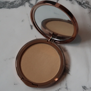 flawless pressed powder foundation